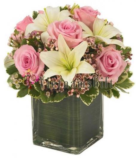 1-11 Roses In Vase